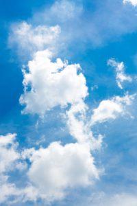 zdjęcie błękitnego nieba